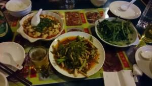 四川料理の夕食